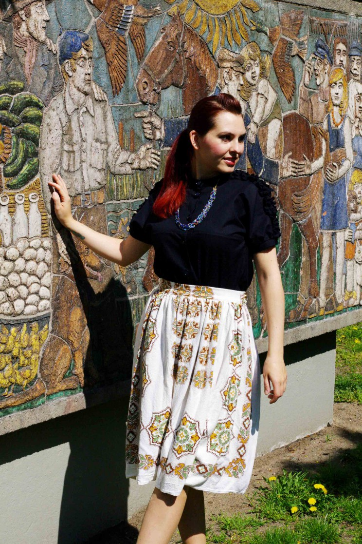 skirt made of vintage cloth 3
