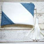 Eine Clutch aus Kunstleder und Jeans – a clutch made of faux leather and jeans
