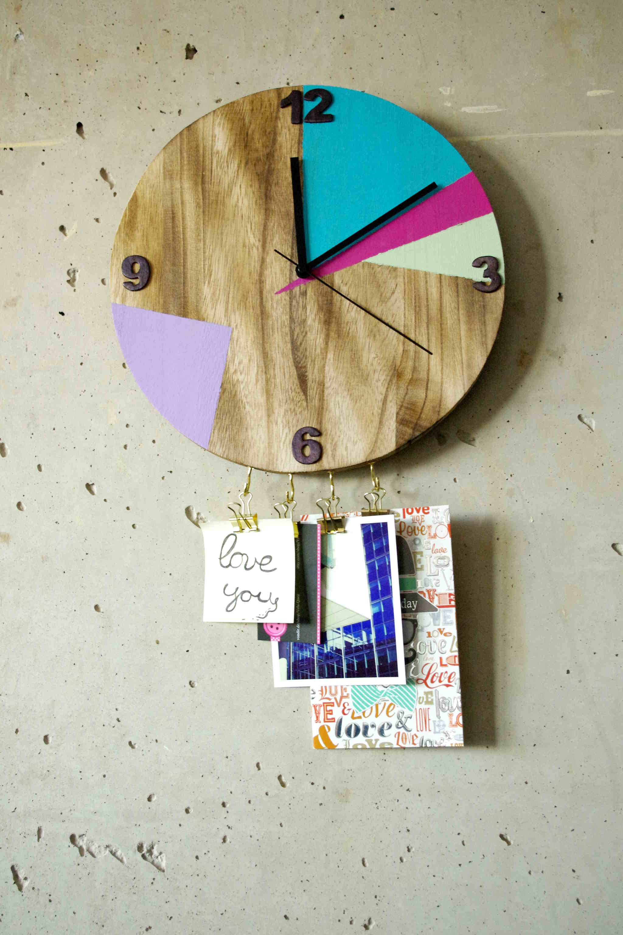 Wanduhr DIY mit Haken und Farbe – wall clock DIY with hooks and color