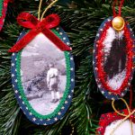 Weihnachtsbaumanhänger mit Fotos und Borten – Christmas tree pendants with photos and trims