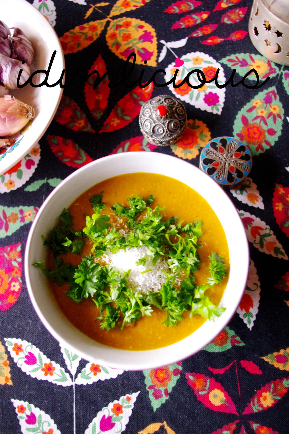 Indische rote Linsensuppe mit Kokos – Indian red lentils soup with coconut