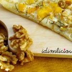 Flammkuchen mit Kaki, Honig und Rosmarin – tarte flambée with kaki, honey and rosemary