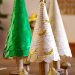 Kegel-Christbaum mit abnehmbaren Stamm - Cone Christmas tree with removable trunk