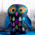 Stofftiereule mit Folienjersey selbst nähen - how to sew a stuffed owl toy with foil jersey